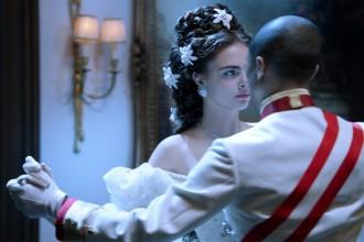 Chanel sprookje Reincarnation met Pharrell en Cara Delevingne