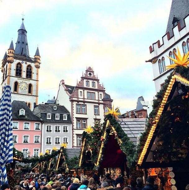 "@Mylittlefashiondiary: ""Christmas Market, Trier - Germany #christmas #market #trier #germany"""