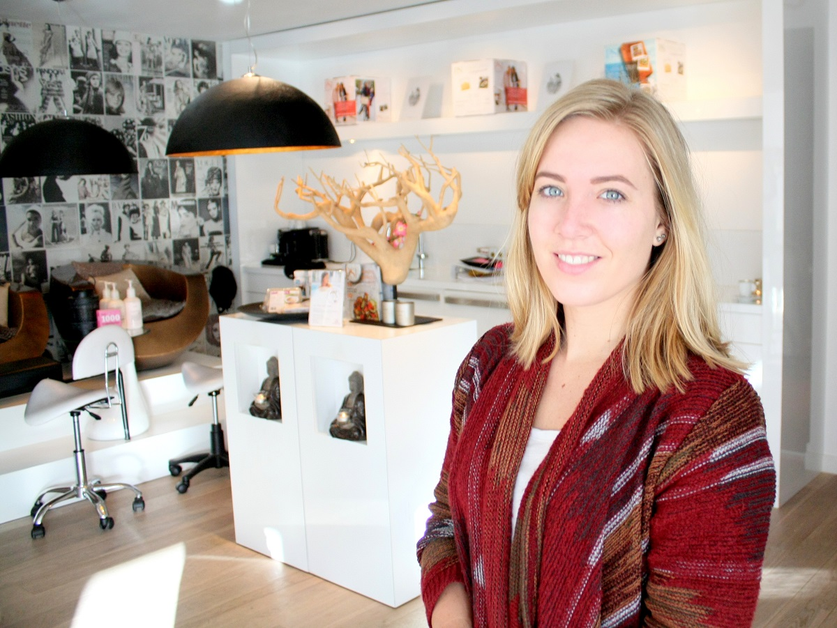 veenendaal girls View amelia van veenendaal's profile on linkedin, the world's largest professional community amelia has 3 jobs listed on their profile see the complete profile on linkedin and discover.