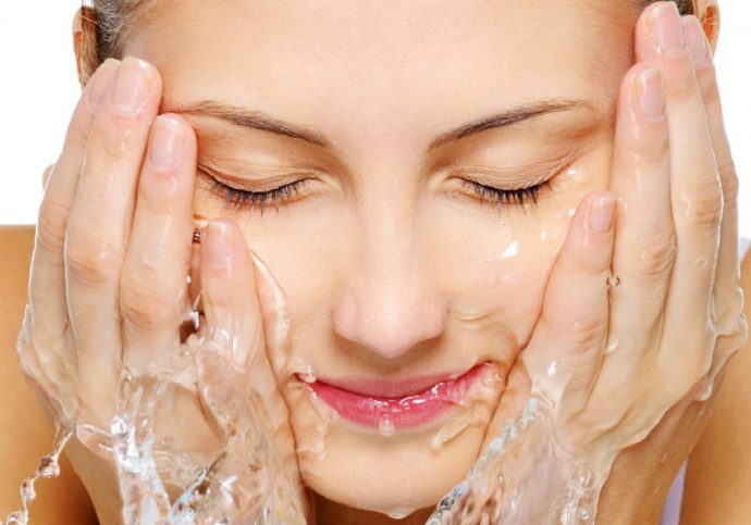 zo reinig je jouw huid extra goed